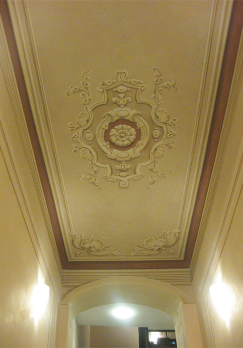 Mara beccaris decorazione d interni - Decorazioni in gesso ...