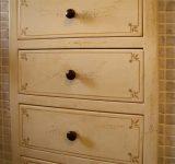 12- Decorazione di mobili ad effetto antichizzato