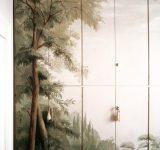 3- Decorazione ad effetto trompe l' oeil di un' armadiatura a muro