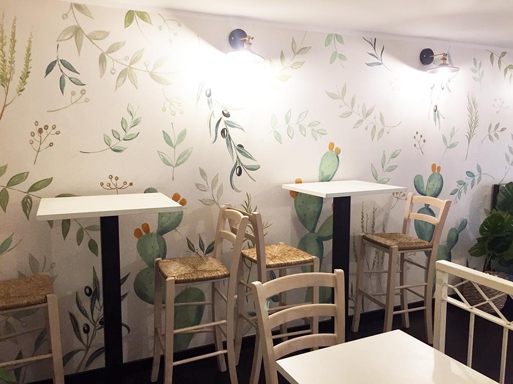 Progettazione e realizzazione di tappezzeria dipinta con piante aromatiche mediterranee macro | Mara Beccaris Genova